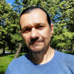 Леонов Андрей Викторович