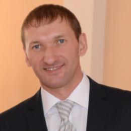 Кобяков Юрий Генрихович