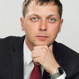 Семейный юрист Михаил Лисин