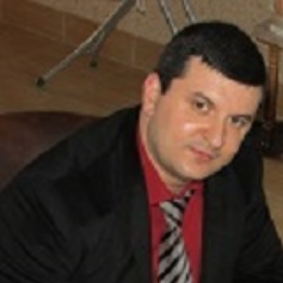 Акопян Арсен